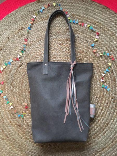 lola, leer, detail, sak ,sakkie, handgemaakte tas, shopper, handmade, leatherbag, utrecht