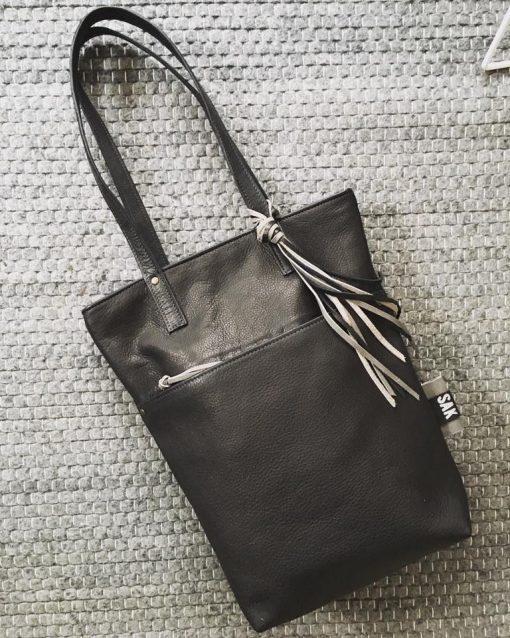 lola, leer, detail, sak ,sakkie, handgemaakte tas, shopper, handmade, leatherbag, utrecht,rits , zipper